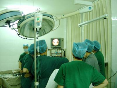 腹腔镜手术治疗费用_宫腹腔镜手术治疗费用大概要多少_南通和美家